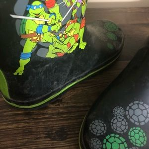 teenage mutant ninja turtle Shoes - Lot of 2 —— Kid boys 13 / 1 TMNT Rain Boots